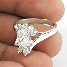 Lively !! White C.Z 925 Sterling Silver Ring Proveedor