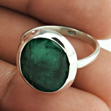Engaging!! 925 Sterling Silver Emerald Ring