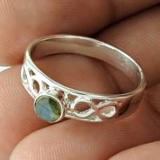 Lady Elegance 925 Sterling Silver Labradorite Gemstone Ring