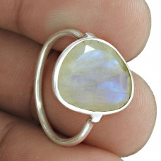 Trendy 925 Sterling Silver Rainbow Moonstone Gemstone Ring Jewelry Fabricante