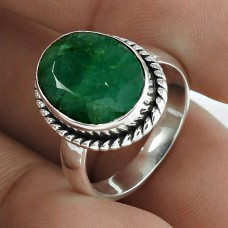 Exquisite 925 Sterling Silver Emerald Gemstone Ring Jewelry