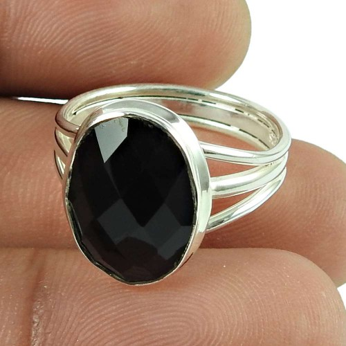 Pleasing Black Onyx Gemstone Ring 925 Sterling Silver Jewellery