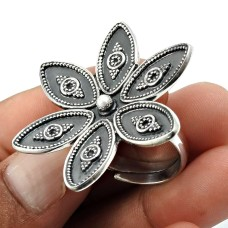 Solid 925 Sterling Silver Flower Ring Vintage Jewelry W74