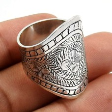 HANDMADE Indian Jewelry 925 Solid Sterling Silver Artisan Ring Size 8 H33
